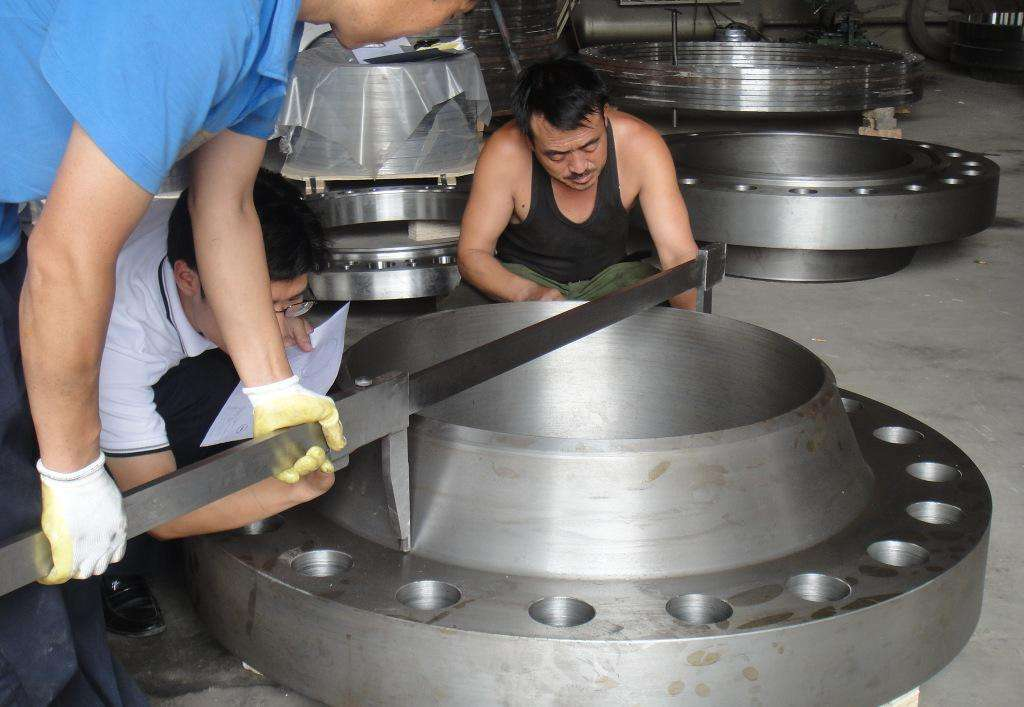 HengTong Order to Italy Flange inspection by 3rd party